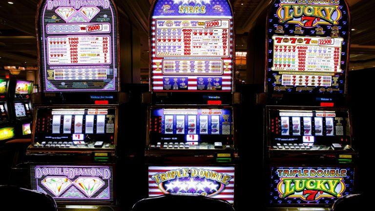 Détails sur les bonus offerts pour jouer aux machines à sous